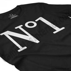 Camiseta Nº1 chica color negro perspectiva cerca