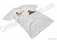 Camiseta EO!!! VS Ayuwoki Chico color blanco perspectiva