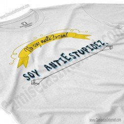 Camiseta_no soy antiSocial Soy antiEstupidez Chico color blanco perspectiva cerca