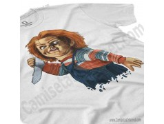 Camiseta Chucky con cuchillo Chico color blanco perspectiva cerca