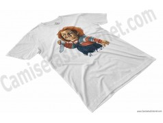 Camiseta Chucky con cuchillo Chico color blanco perspectiva