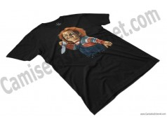 Camiseta Chucky con cuchillo Chico color negro perspectiva