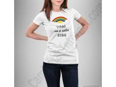 Camiseta modelo Arcoíris con frase TODO va a salir BIEN Chica color blanco