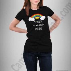 Camiseta modelo Arcoíris con frase TODO va a salir BIEN Chica color negro