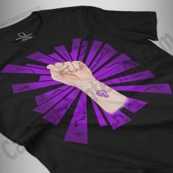 Camiseta Día de la Mujer luchadora chica color negro perspectiva cerca