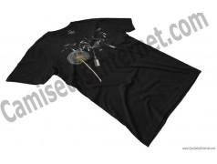 Camiseta Diente de león chico color negro perspectiva