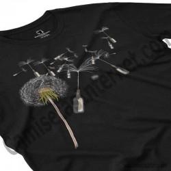 Camiseta Diente de león chico color negro perspectiva cerca